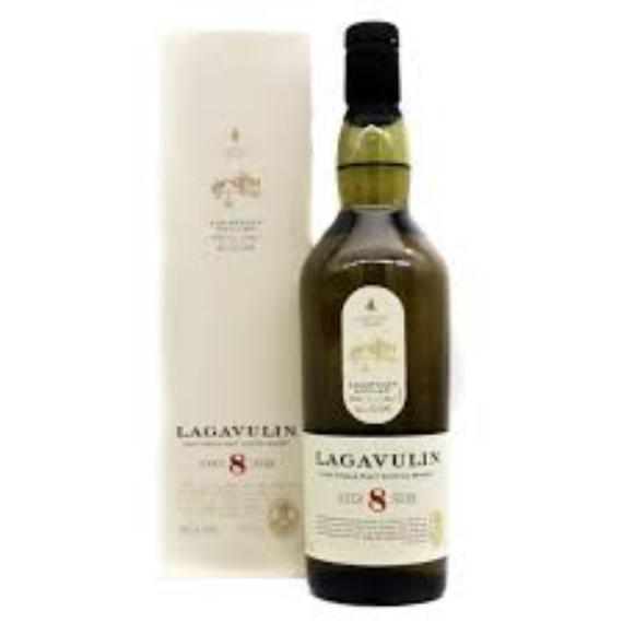 Lagavulin 8 éves Skót Whisky 0,7l 48%