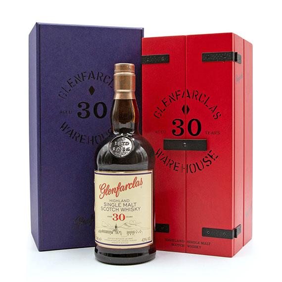 Glenfarclas 30 Éves Skót Whisky 0,7l 43%