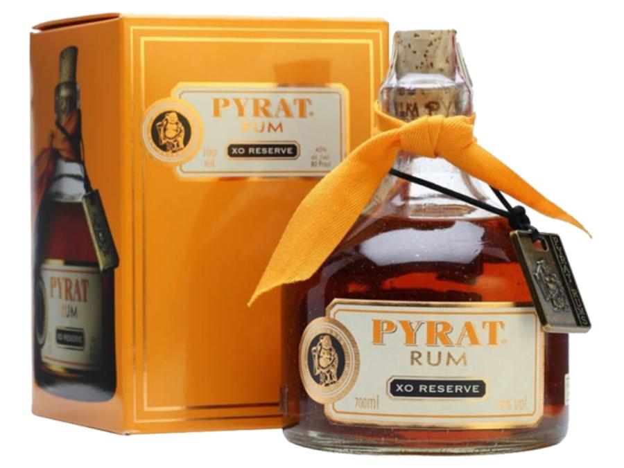 Pyrat XO Reserve rum díszdobozban 0,7l 40%